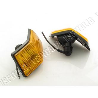 Coppia frecce posteriori arancioni complete SIEM per Vespa PX e T5 - R.O. Piaggio 230338 - 230339