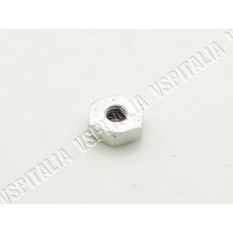 Dado M10x22 esagono 22mm. altezza 8mm. zincato per cerchio 8 chiuso Vespa 125 VNB3/6T - VBB1T dal telaio 71001 - VBB2T - R.O. Pi