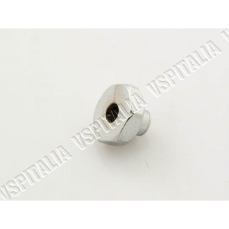 Dado M8x22 esagono 22mm. zincato per cerchio 8 chiuso Vespa V15 - V30/33 - VN - VNA - VNB1/2T - VL - VB1 - VBA - VBB1T fino al t