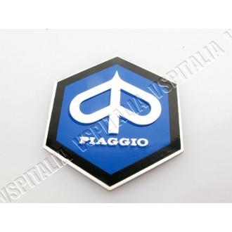 Scudetto Piaggio anteriore esagonale 42 mm. per Vespa 125 Super dal telaio 23746 - 150 Super dal telaio 61497 - GT dal telaio 54