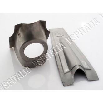 Nasello copristerzo logo esagonale con supporto clacson in metallo per Vespa 50 - 125 Primavera - ET3